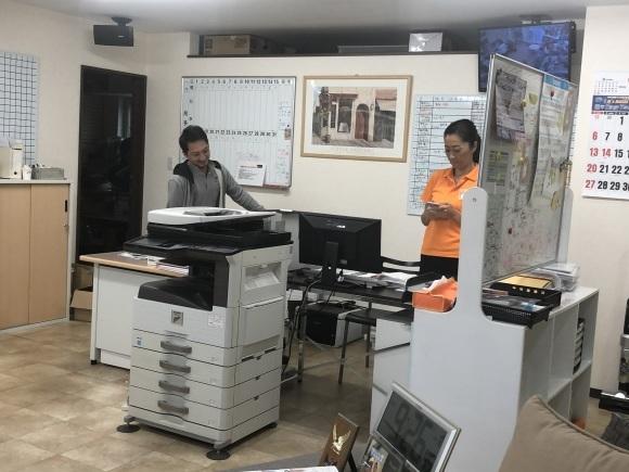 10月4日(金)本店ブログー ランクル ハマー アルファード♪ _b0127002_16465699.jpg