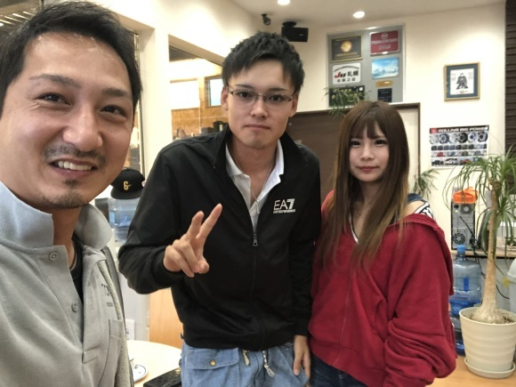10月4日(金)本店ブログー ランクル ハマー アルファード♪ _b0127002_20564655.jpg