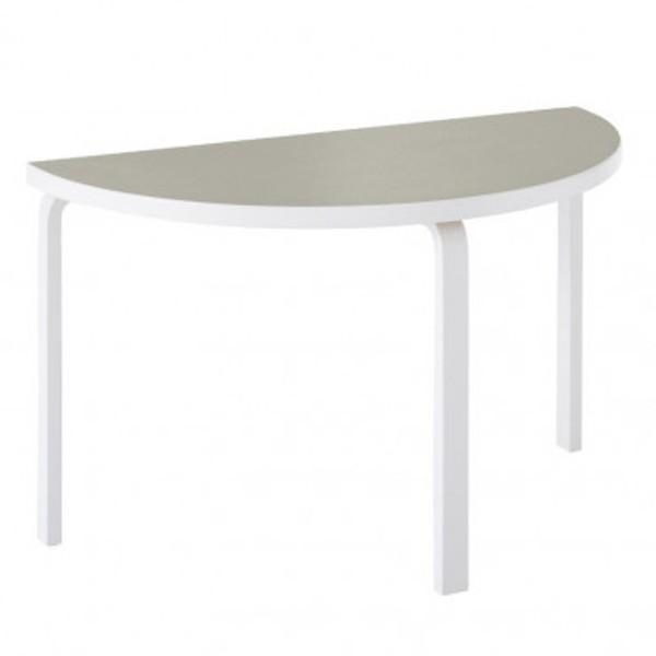 Artek テーブル_f0275103_17425684.jpg