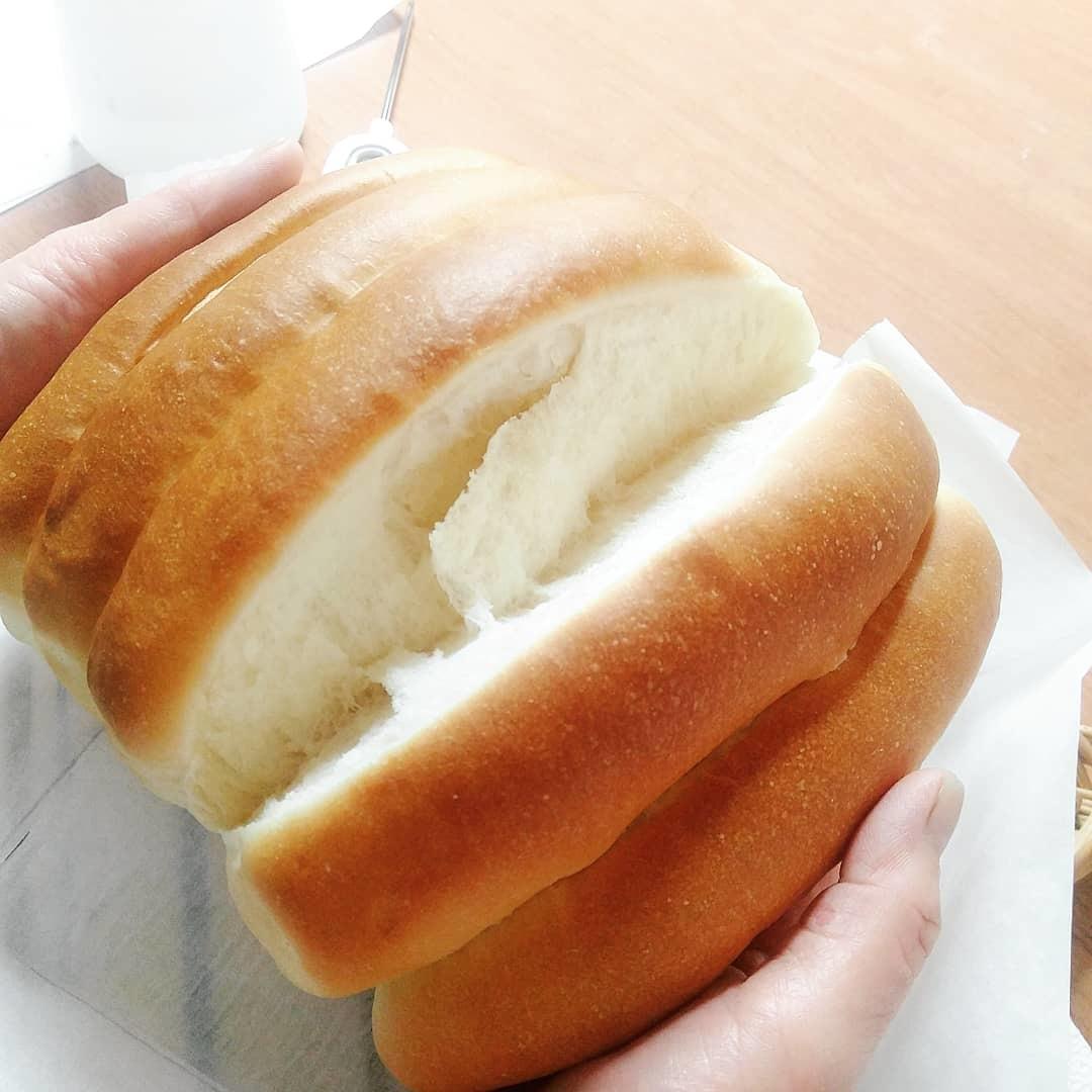 10月2日(水) 一つの生地から4つのパン②_d0138307_09032376.jpg