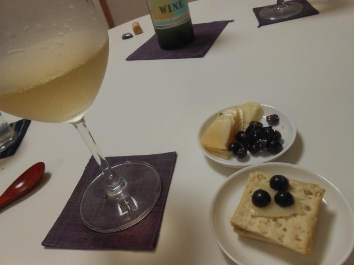 機山ワインの白を冬瓜に合わせました。_a0095931_08334598.jpg