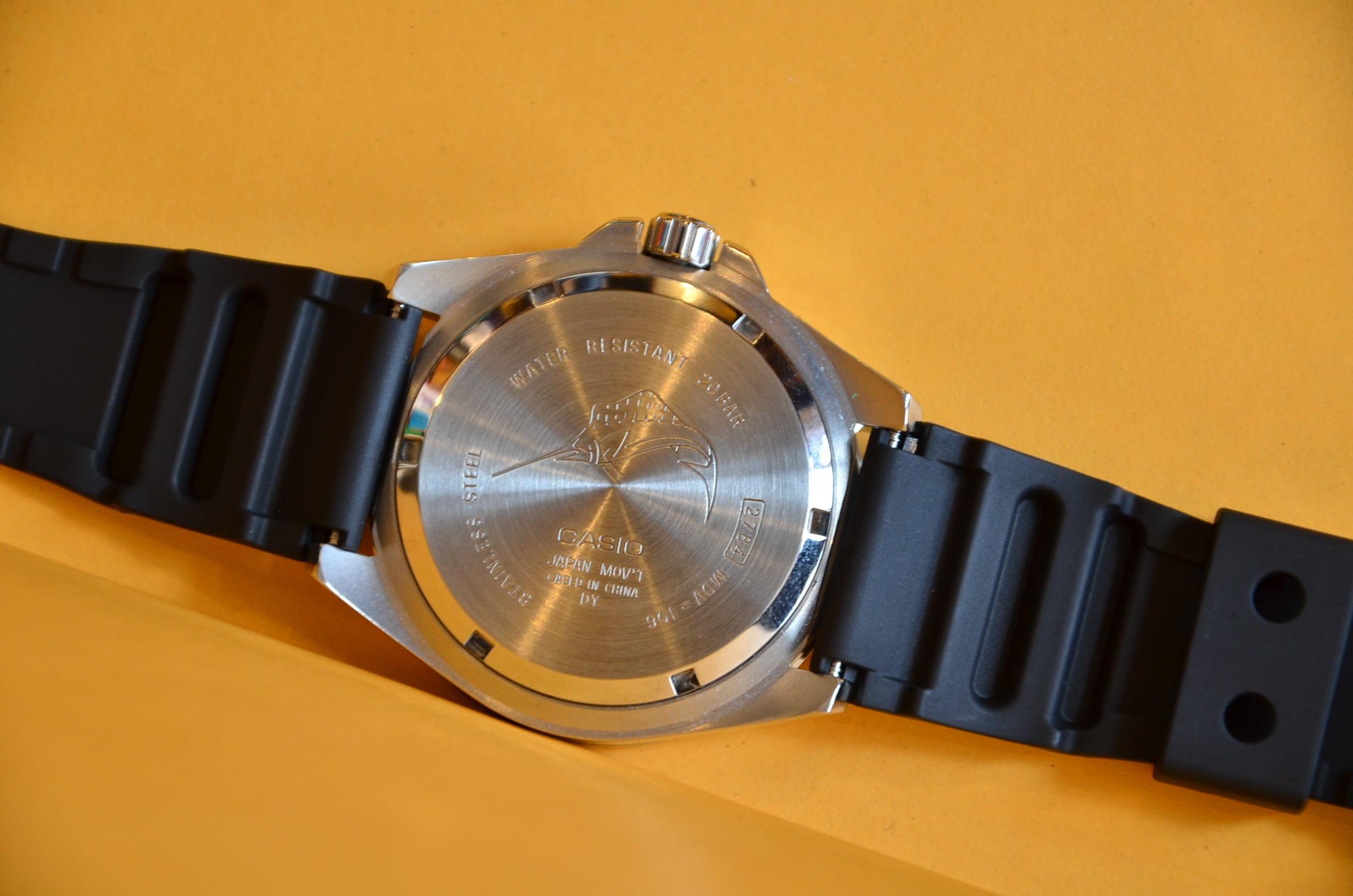 久しぶりに良い時計見つけましたよ。_c0167336_16373720.jpg