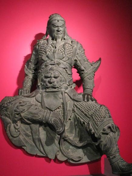 神となった関羽の像に会える・九州国博「三国志展」_a0237545_23182957.jpg