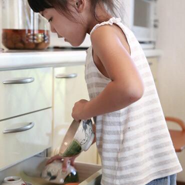 【お客様の声】キッチンサービスで2歳のお孫さんも片づけ上手に_e0303386_16531734.jpg