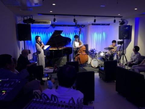 ジャズライブカミン  Jazzlive Comin 広島 10月と11月のライブスケジュール_b0115606_10535591.jpeg