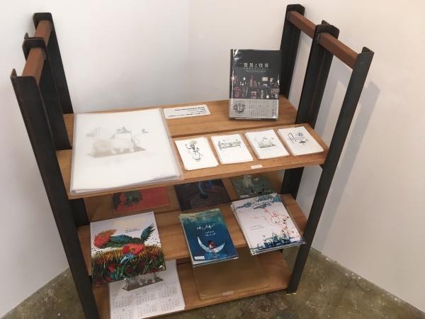 アミーンの新作展「My Iranian Lions」大阪のCalo bookshop & cafeで開催中!(10/19まで)_e0091706_08423746.jpg