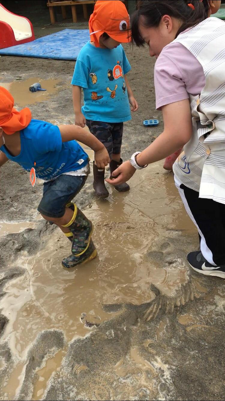 水と年少さんは相性がいい  2(ダッシュ編)_e0412431_17440607.jpg