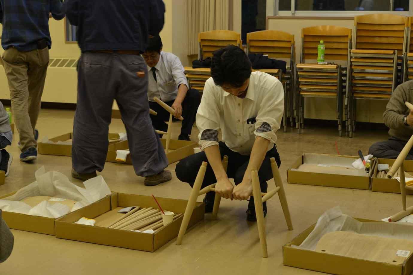 """10月19日に本物の飛騨の椅子の組み立てワークショップ""""開催!"""