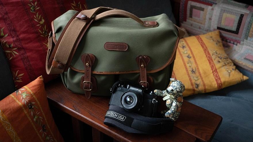 テディベアは見た・・・古き良き英国製カメラバッグ_d0353489_15275031.jpg