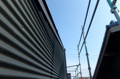 新潟市秋葉区 ガルバリウム鋼板 外壁_c0091593_14275352.jpg