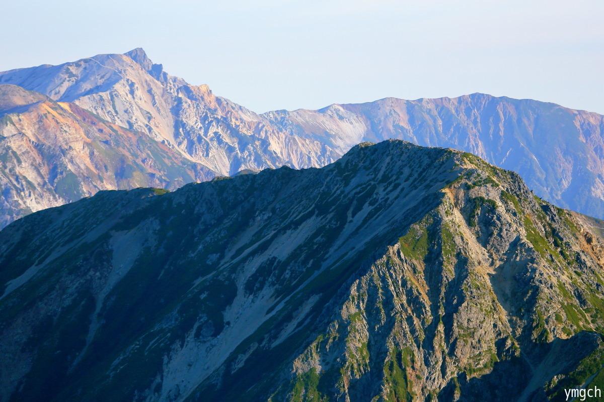 秋山シーズ到来!北アルプスの稜線へ (鹿島槍ヶ岳2)_f0157812_08101982.jpg