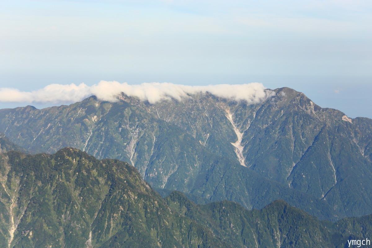 秋山シーズ到来!北アルプスの稜線へ (鹿島槍ヶ岳2)_f0157812_08102178.jpg
