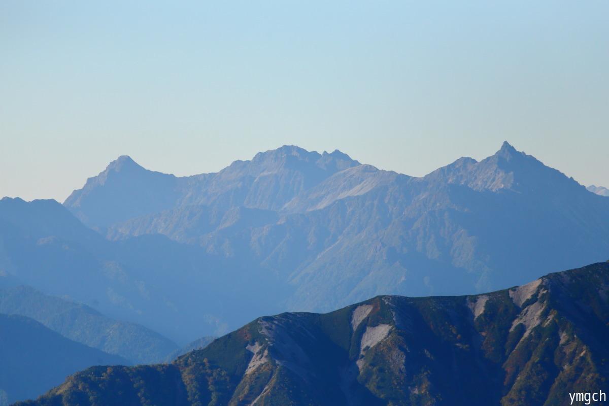 秋山シーズ到来!北アルプスの稜線へ (鹿島槍ヶ岳2)_f0157812_08103104.jpg