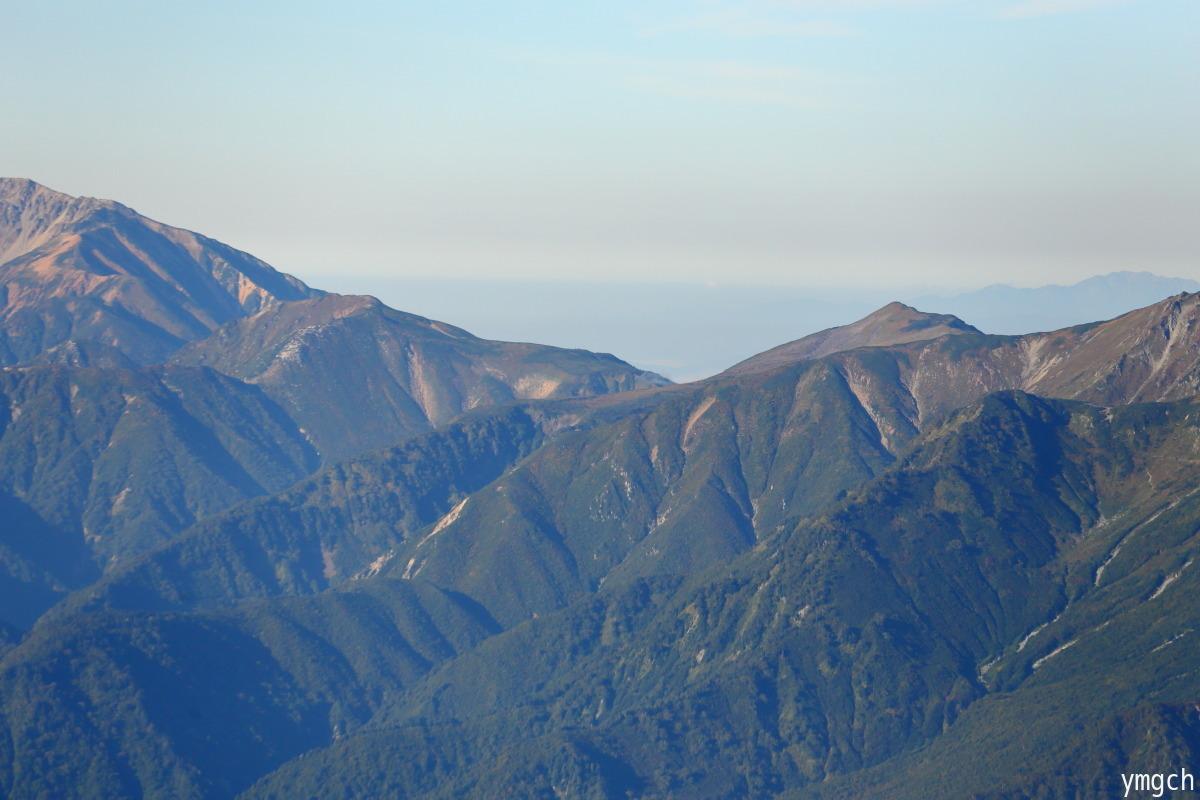 秋山シーズ到来!北アルプスの稜線へ (鹿島槍ヶ岳2)_f0157812_08103219.jpg