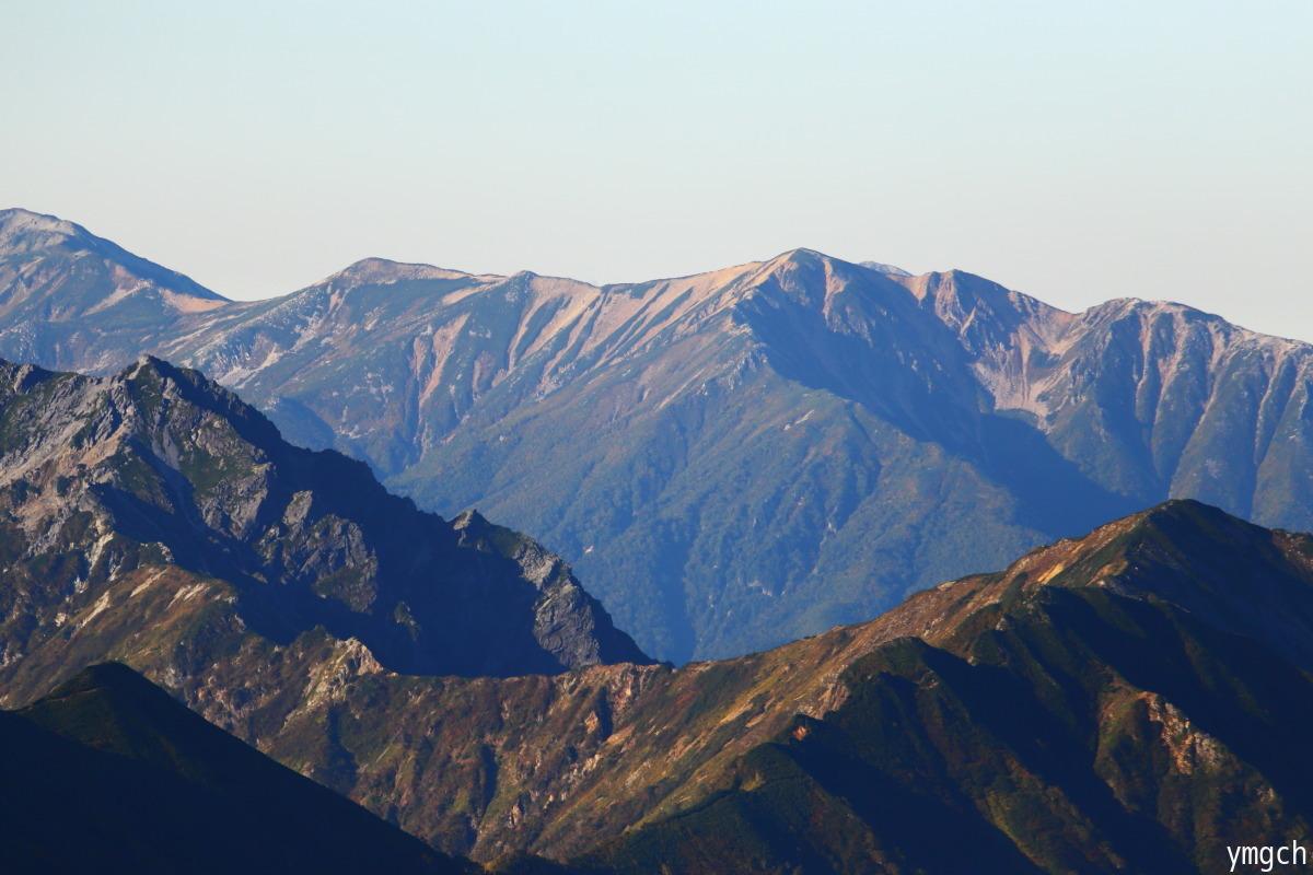 秋山シーズ到来!北アルプスの稜線へ (鹿島槍ヶ岳2)_f0157812_08103336.jpg