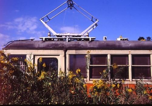 電車の捨て場_f0055131_08375213.jpg