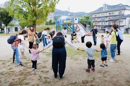 公園でリトミック🎵_a0285570_21061196.jpeg