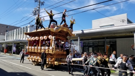 祭シリーズ 3年に一度の『藤枝大祭り』の見物_b0011584_09324716.jpg