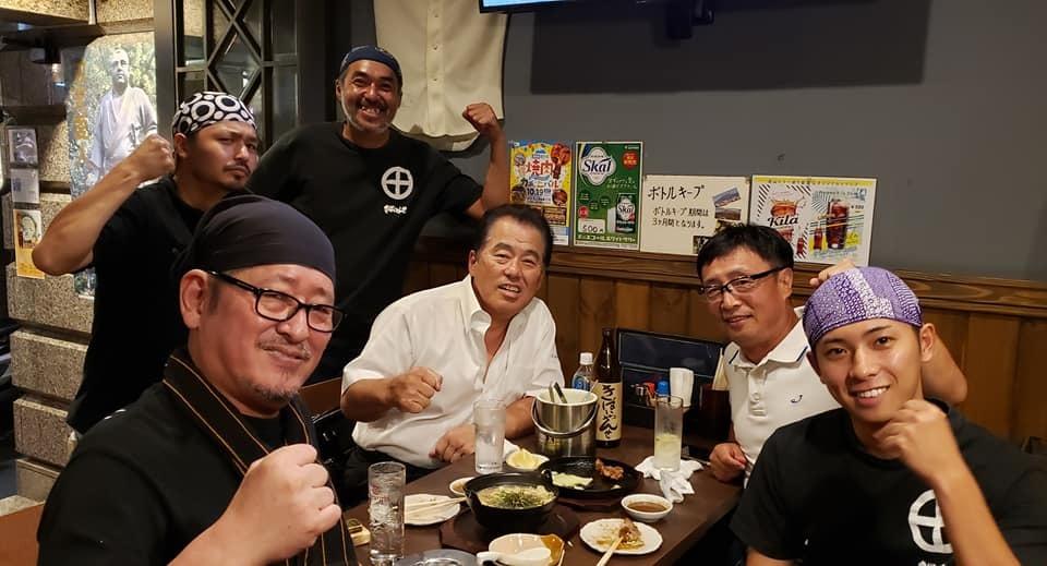 任侠Vシネマの脚本、監督をされ遂に163本の日本記録達成の村上和彦先生(西条高校OB)の75歳の誕生パーティーに出席。<_c0186691_16575163.jpg