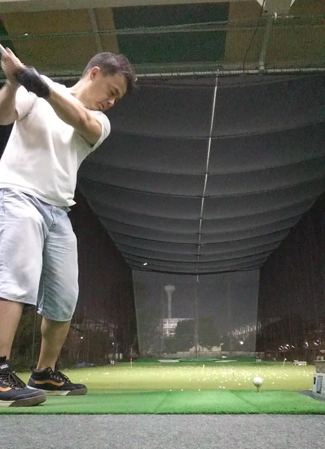 No.4410 10月6日(日):ただ今、「ゴルフ」の練習中_b0113993_16503619.jpg