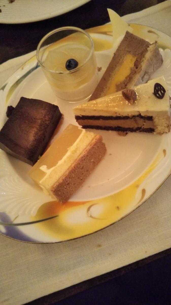 ウェスティンホテル東京 ザ・テラス チョコレートデザートブッフェ_f0076001_23545854.jpg