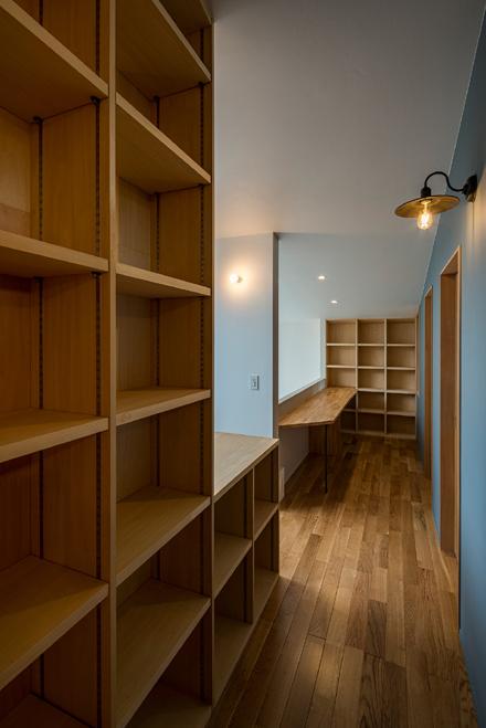造作家具と室内窓_b0183404_17404261.jpg