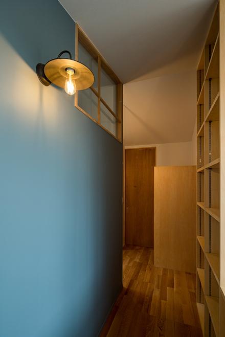 造作家具と室内窓_b0183404_17493299.jpg