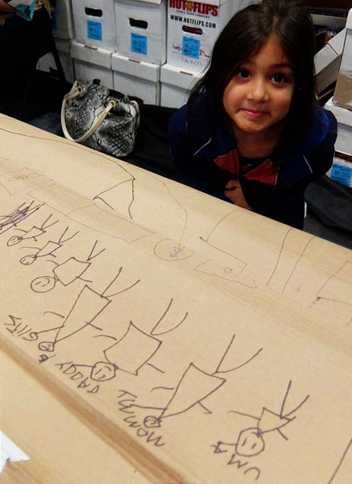 NYCC2019、コミック本ブース内で絵を描く少女に遭遇_b0007805_10434209.jpg