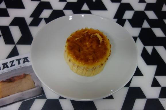 GAZTAさんでバスクチーズケーキ_e0230011_17050064.jpg