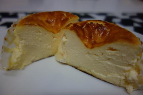 GAZTAさんでバスクチーズケーキ_e0230011_17074972.jpg
