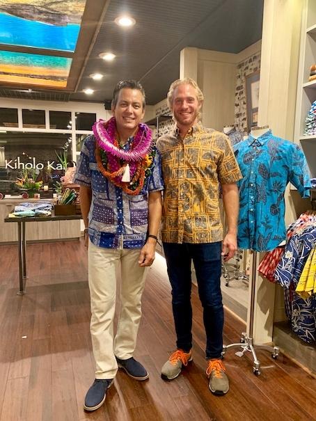 新しいアロハシャツ誕生!「kiholo kai」キホロカイのお店がダウンタウンにオープンしました。_c0187025_12553379.jpg