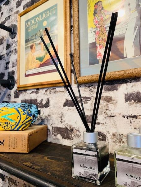 新しいアロハシャツ誕生!「kiholo kai」キホロカイのお店がダウンタウンにオープンしました。_c0187025_13002863.jpg
