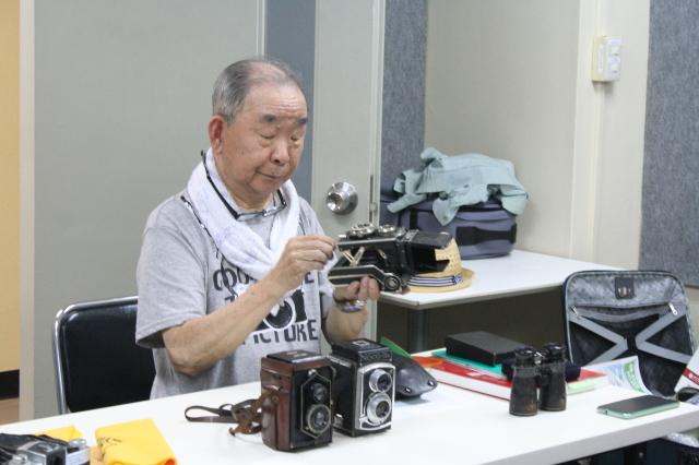 第19回 好きやねん大阪カメラ倶楽部 例会報告 今月のテーマ 写真自慢、思い出のカメラ_d0138130_00055287.jpg