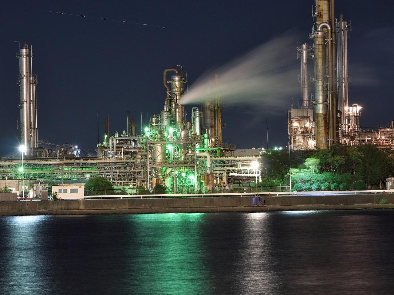 四日市の工場夜景_c0294553_04390422.jpg
