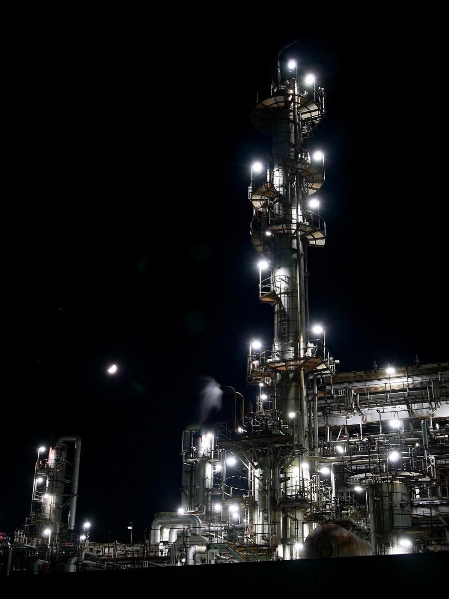 夜も更けて         工場撮影_c0294553_19583262.jpg