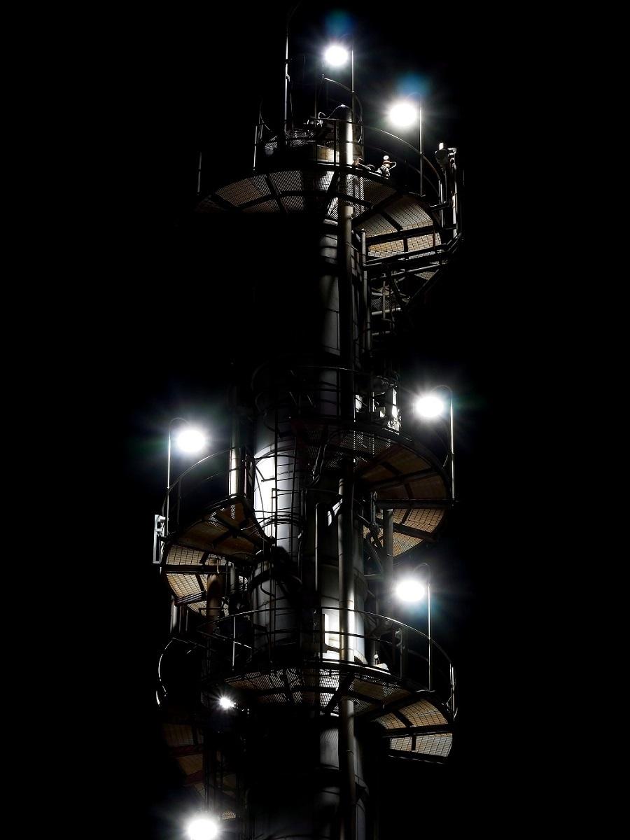 夜も更けて         工場撮影_c0294553_19584853.jpg