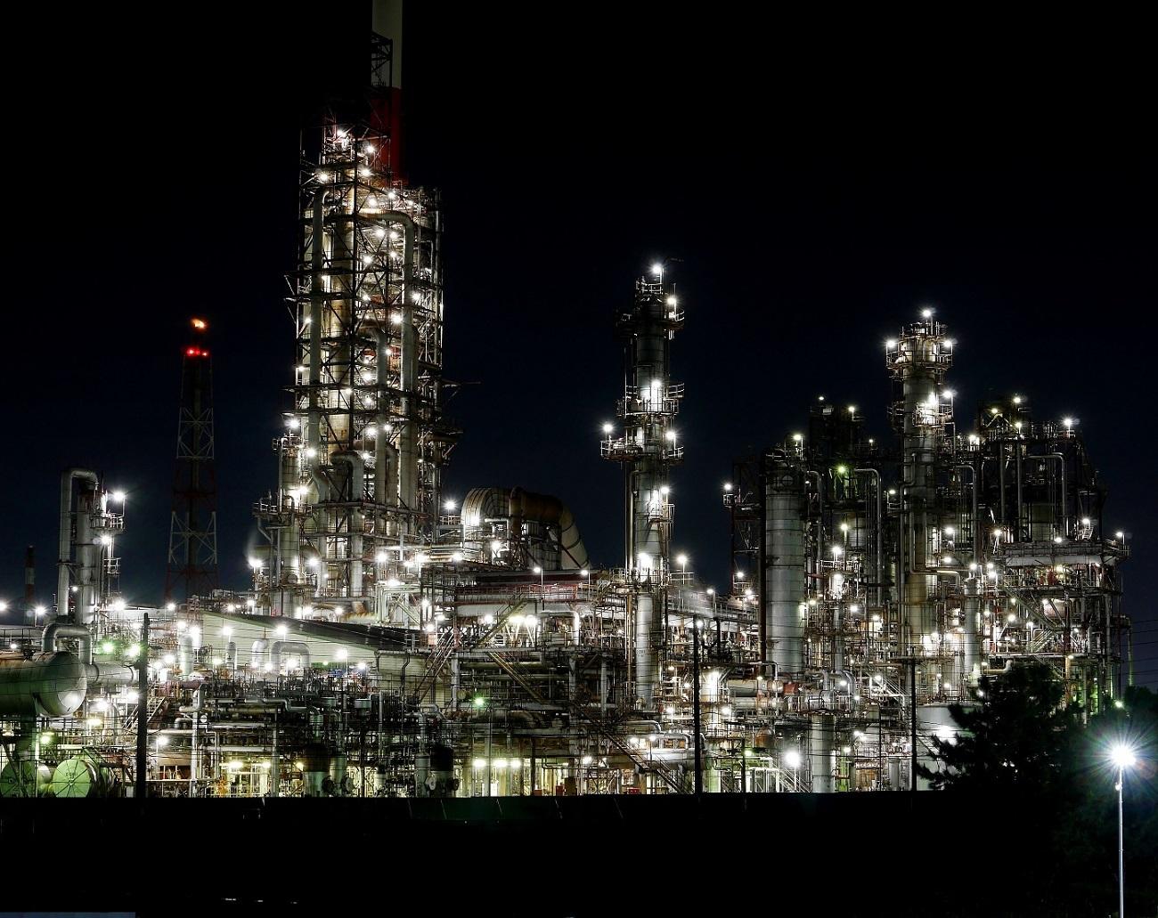 夜も更けて         工場撮影_c0294553_19592433.jpg
