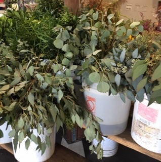 OC Wholesale Flowers の花に圧倒される_e0350971_08065257.jpg