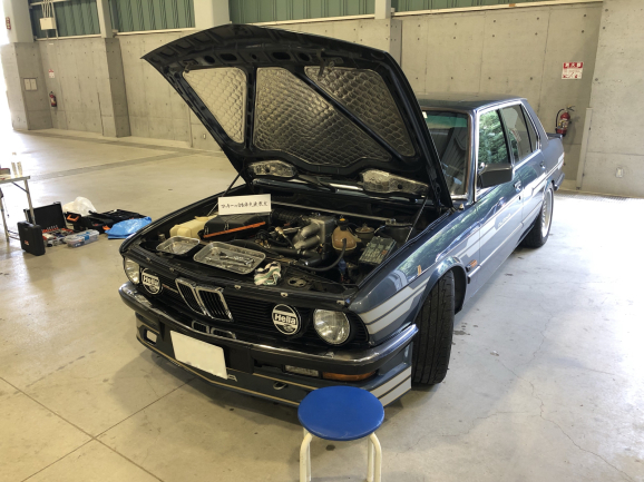ALPINA B9-3.5 BMW アルピナ(1982年型) アーシング施工_f0032891_09245901.jpg