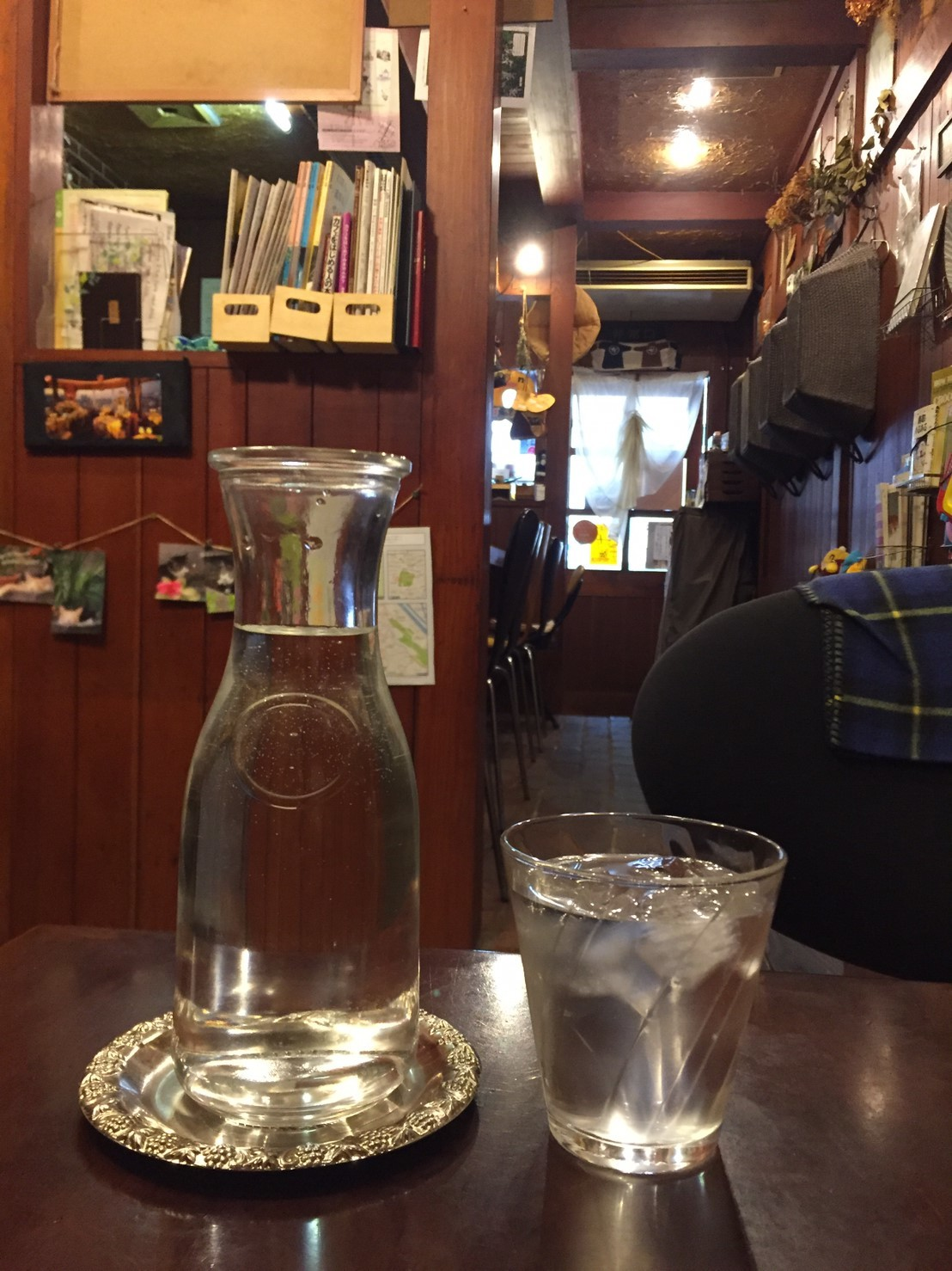 喫茶1er ぷるみえ (黒米入りバターライスにきのこのバジルぺペロンチーノソース)_e0115904_11533470.jpg