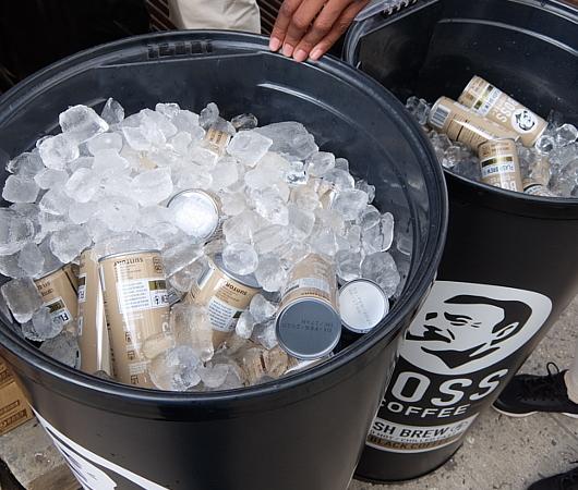 NYCC2019、サントリーの缶コーヒーBOSSのプロモーションに遭遇_b0007805_10560602.jpg
