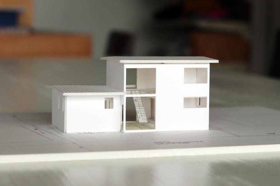 土手下の住宅/模型/倉敷_c0225122_14212904.jpg