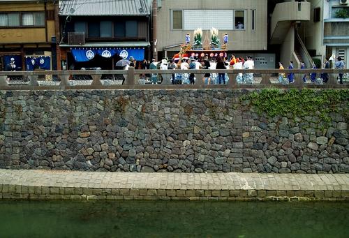 ばってん長崎くんちの中日・・・長崎さるくの十人町_d0005250_1952582.jpg