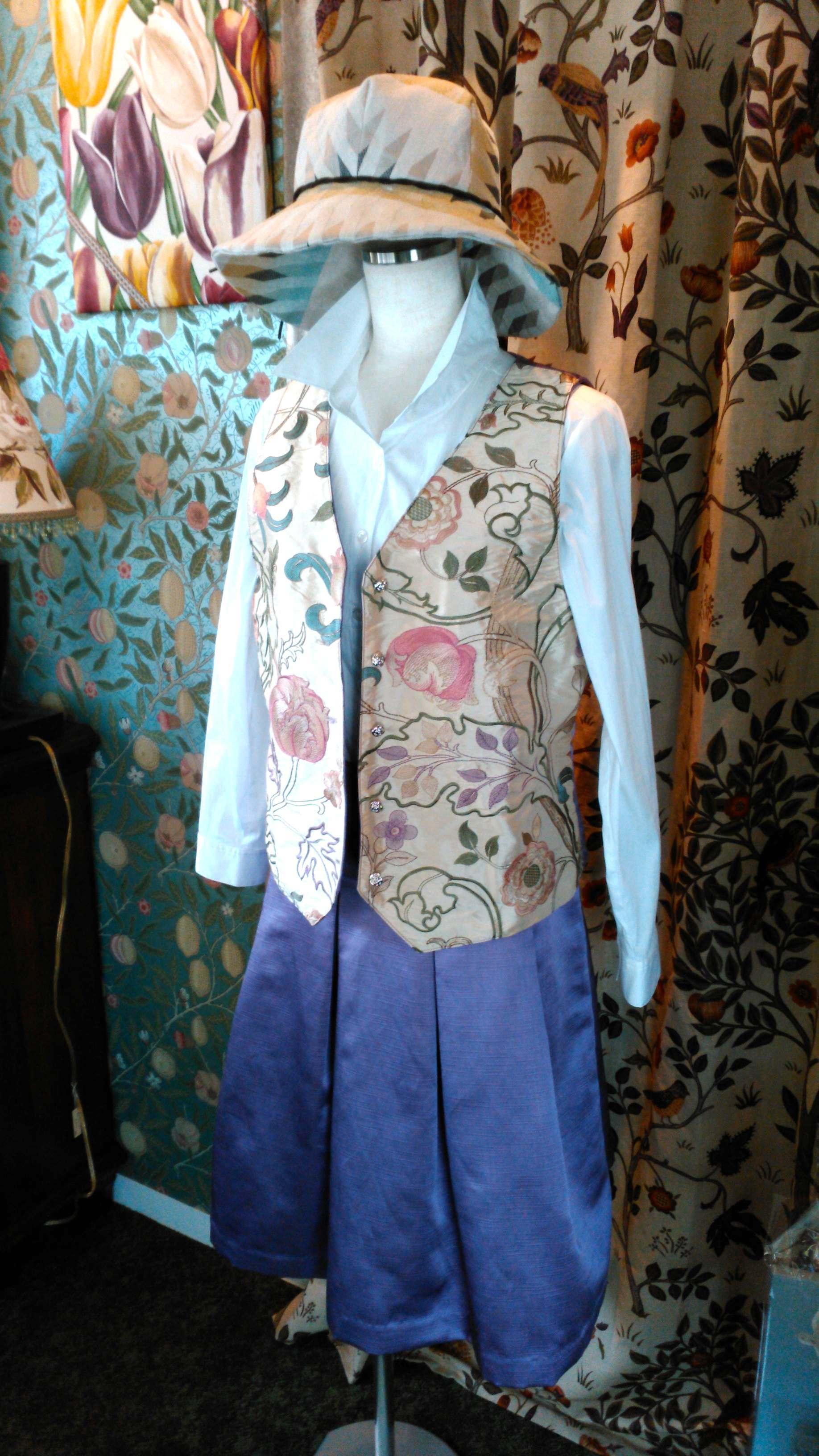 モリスの洋服_c0157866_15341258.jpg
