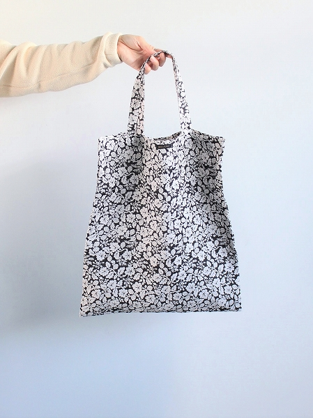 R&D.M.Co- LINEN HANDPRINT TOTE BAG - WILD BERRY_b0139281_1691488.jpg