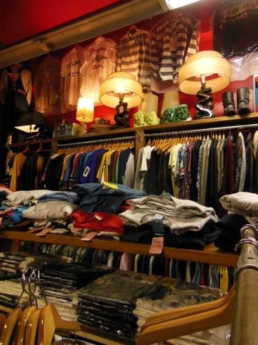 ROCK-A-HULA Vintage Clothing 店舗営業時間変更のお知らせ_c0187684_14145554.jpg