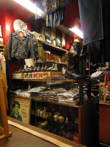 ROCK-A-HULA Vintage Clothing 店舗営業時間変更のお知らせ_c0187684_14150861.jpg