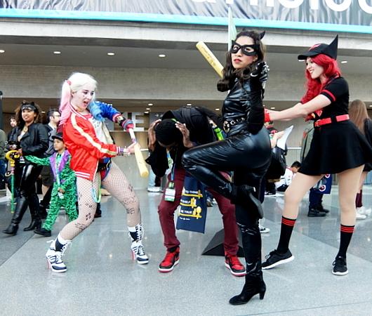 大ヒット映画『ジョーカー』と同じバットマン・シリーズの次回作は『ハーレイ・クイン』Harley Quinn_b0007805_04591649.jpg
