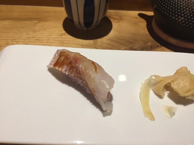 お寿司専門店 Sato i Tanaka_b0064411_06085413.jpg