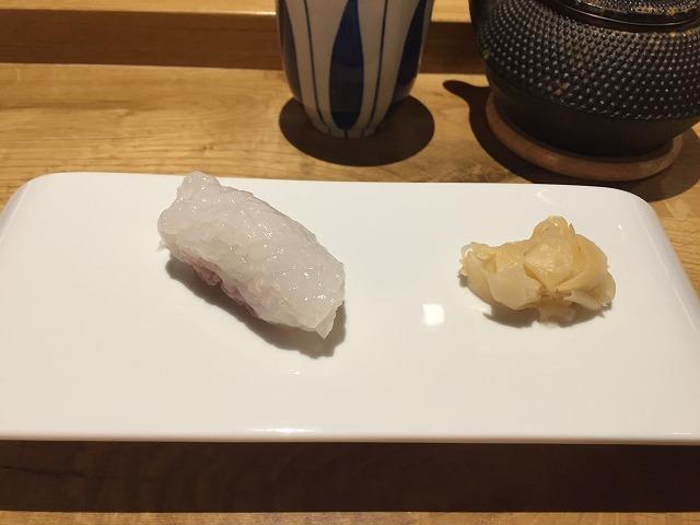 お寿司専門店 Sato i Tanaka_b0064411_06085437.jpg